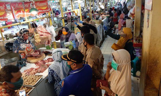 Sidak Satgas Pangan Daging Sapi Yang di Jual di Pasar Kota Cirebon, Ada Apa Yah ?